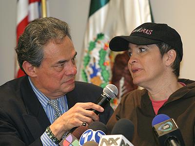 José José y Sara Salazar