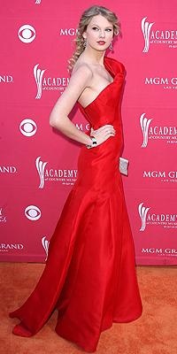 Taylor Swift, 44th Countru Music Awards