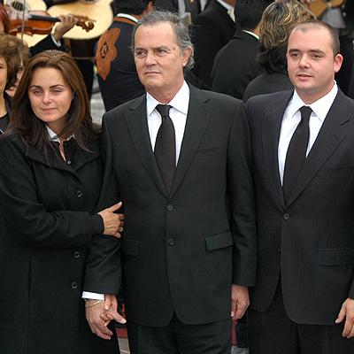 Carmen Morales, Antonio Morales, Antonio Morales, Padres vs hijos