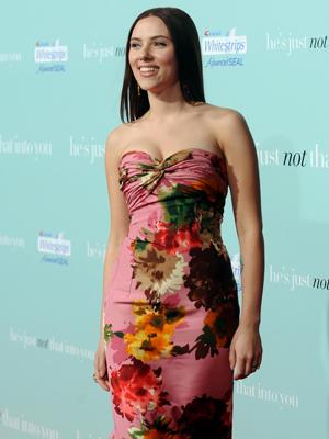 Scarlett Johansson, Flores, Principal