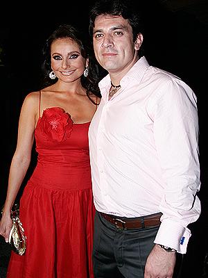 Elizabeth Álvarez, Jorge Salinas