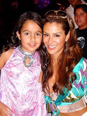 Ninel Conde y su hija Sofía