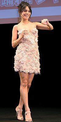 Vanessa Hudgens, nude