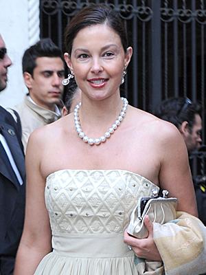 Ashley Judd, Boda de Salma Hayek