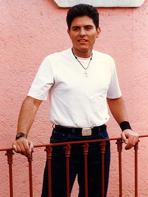 Ernesto Laguardia, papás guapos