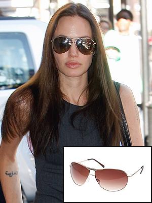 Angelina Jolie, El look por menos