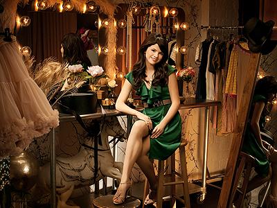 Selena Gómez, 50 Más Bellos 2009