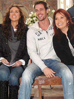 Jacqueline Bracamontes, William Levy y Carla Estrada