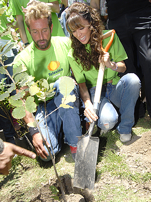 Jacqueline Bracamontes, Gabriel Soto