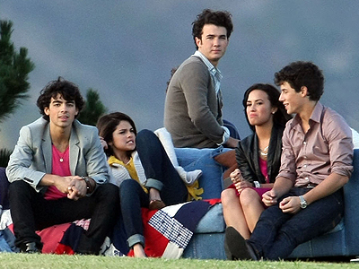 Jonas Brothers, Demi Lovato, Selena Gómez