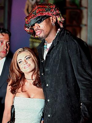 Carmen Electra, Dennis Rodman, Divorcios Express
