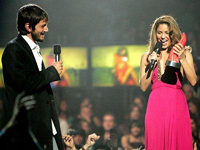 Diego Luna y Shakira