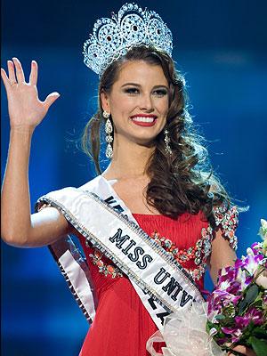 Miss Unievrso, Stefania Fernandez