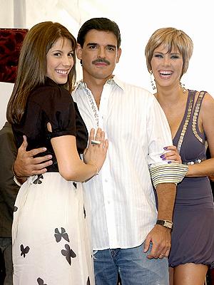 Andrea Marti, José Ángel Llamas, Gabriela Vergara