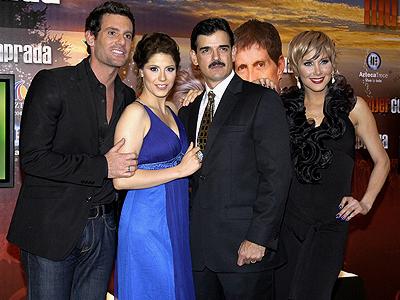 José Ángel Llamas, Gabriela Vergara, Andrea Marti