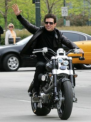 Tom Cruise, Famosos sobre ruedas
