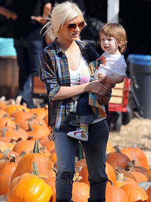 Christina Aguilera, Max Liron