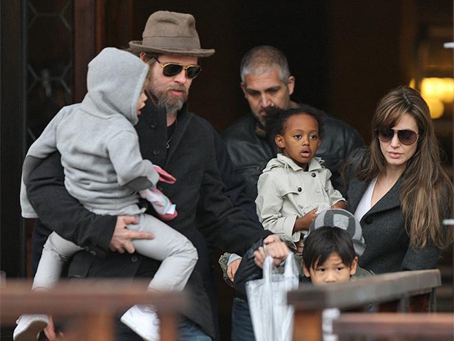 Angelina Jolie, Brad Pitt, Zahara, Shiloh