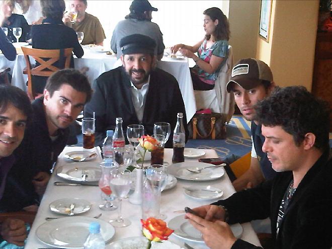 Alejandro Sanz, Juan Luis Guerra, Juanes, Enrique Iglesias, Luis Fonsi