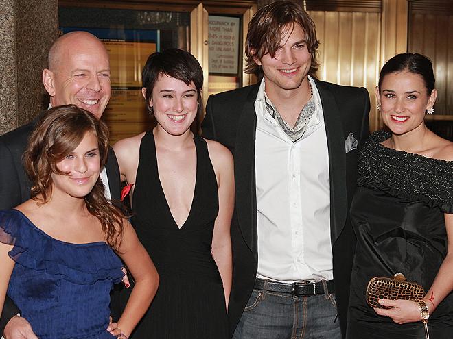 Demi Moore, Bruce Willis, Ashton Kutcher, Rumer Willis, Tallulah, Mamacitas 2010