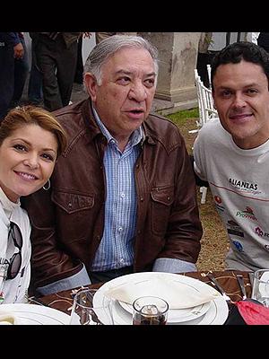 Itatí Cantoral, Emilio Larrosa, Pedro Fernández