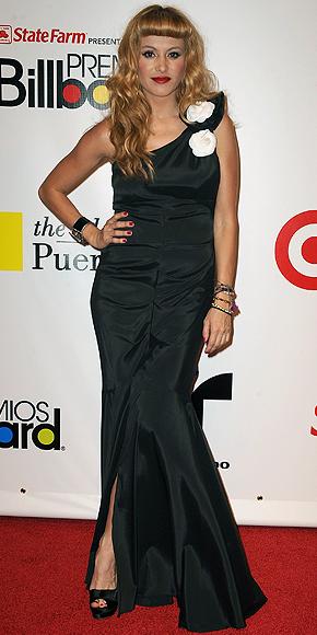 Paulina Rubio, Peor vestidos 2010