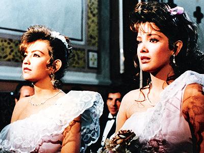 """Thalía y Adela Noriega en """"Quinceañera"""""""