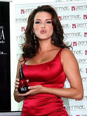 Alicia Machado, perfume, malicia, ModaBlog