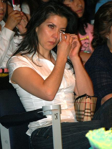 Alessandra Rosaldo, Los famosos también lloran