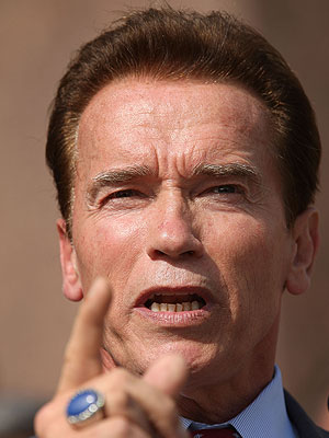 Arnold Schwarzenegger, FRASES TONTAS