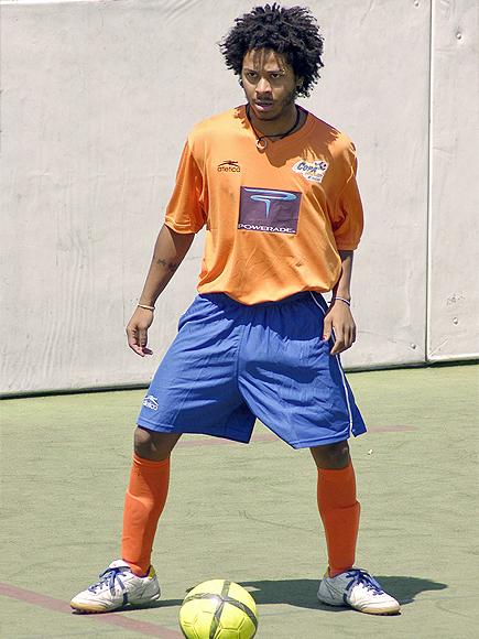 Kalimba, Futbolista frustrados
