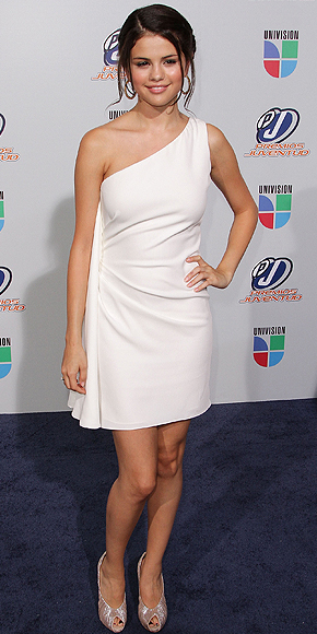 Selena Gómez ,Juventud 2010
