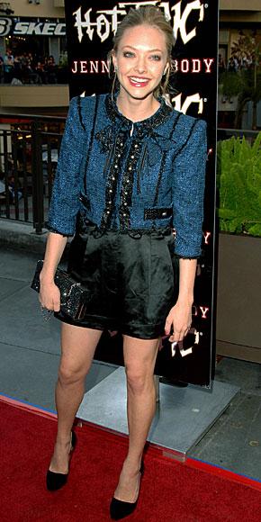 AMANDA SEYFRIED, shorts