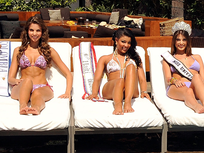 Miss Colombia, Natalia Navarro Miss Haití, Sarodj Bertin y Miss Universo, Stefanía Fernández