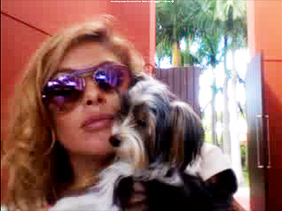 Paulina y su perrito Cuqui