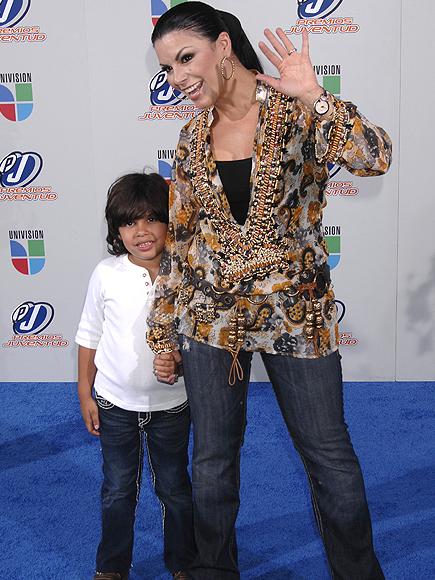 Pequeñas estrellas, Olga Tañón, hijo