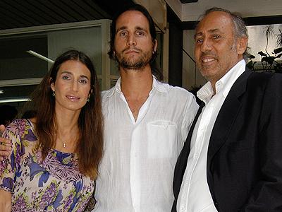 Romina Yan junto a su esposo, Darío Giordano y su padre Gustavo Yankelevich
