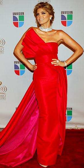 Ana Bárbara, Mejores peinados 2010