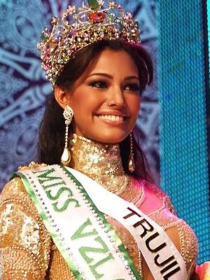 Elizabeth Mosquera, Miss Internacional 2010