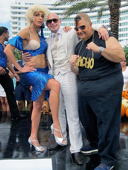 Lili Estefan, Pitbull, Raúl de Molina