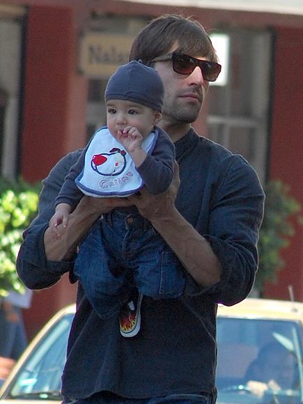 Osvaldo de Leon, bebe de Cecilia Suarez, Tadeo
