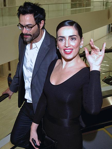 Ana de la Reguera, Luis Roberto Guzmán