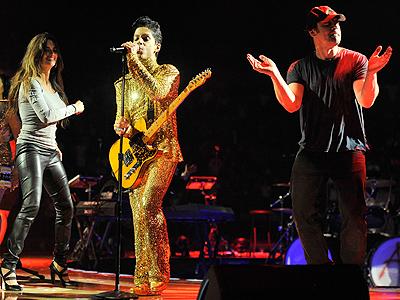 Penélope Cruz y Javier Barden en el concierto de Prince