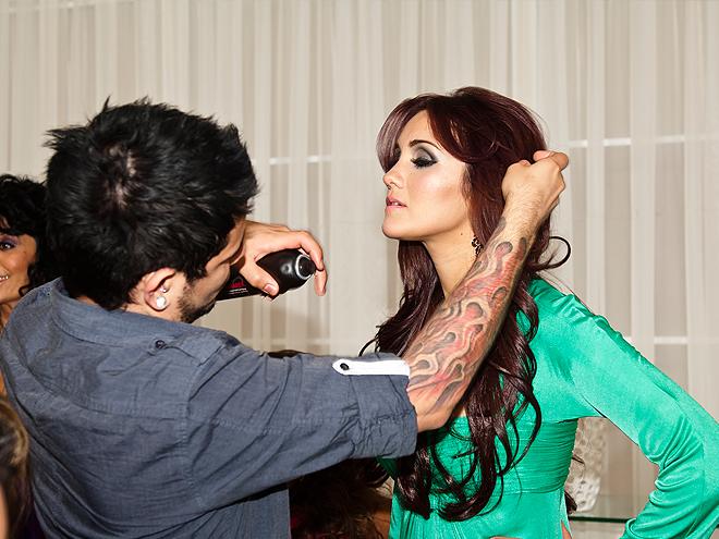 Bellos 2011, Behind the scenes, Dulce María