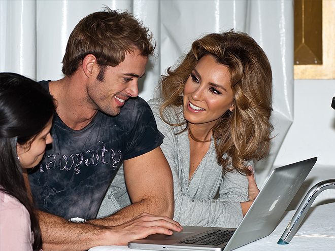 Bellos 2011, Behind the scenes, William Levy, Elizabeth Guitiérrez