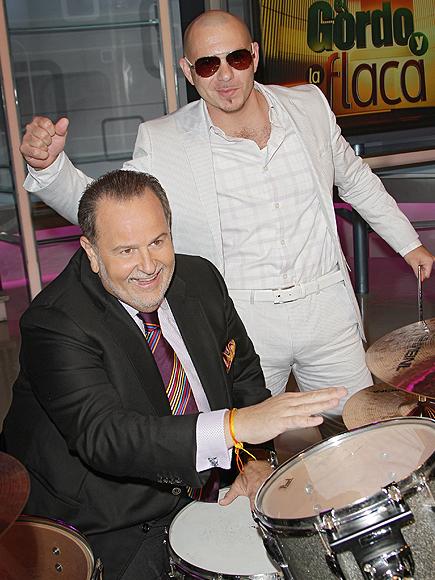 Pitbull, Raúl de Molina