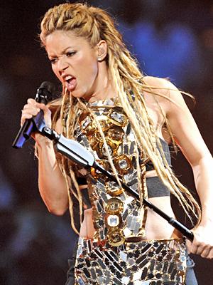 Shakira, ModaBlog