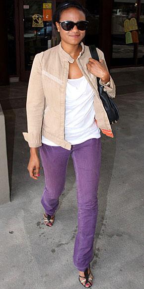 TATYANA ALI, Jeans de colores