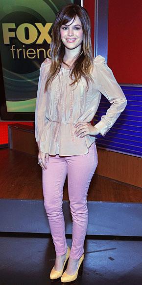 RACHEL BILSON, Jeans de colores