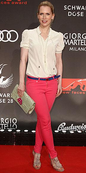 TAMARA VON NAYHAUSS, Jeans de colores